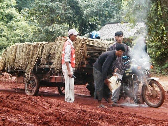 Trasporti eccezionali in Birmania