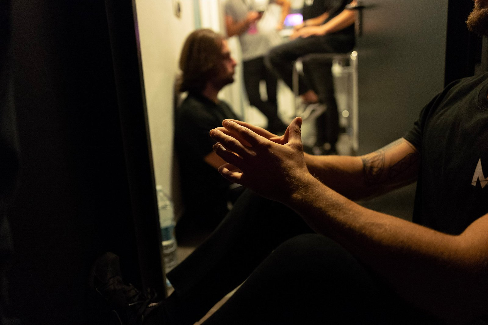 concentrazione prima di salire sul palco